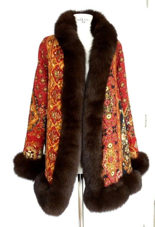 OSCAR de la RENTA reversible coat exotic print Fox fur trim fit In Excellent Condition In Miami, FL