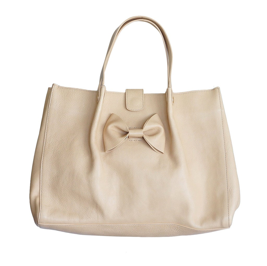 VALENTINO bag large feather light leather tote NEW putty nude great bow 1