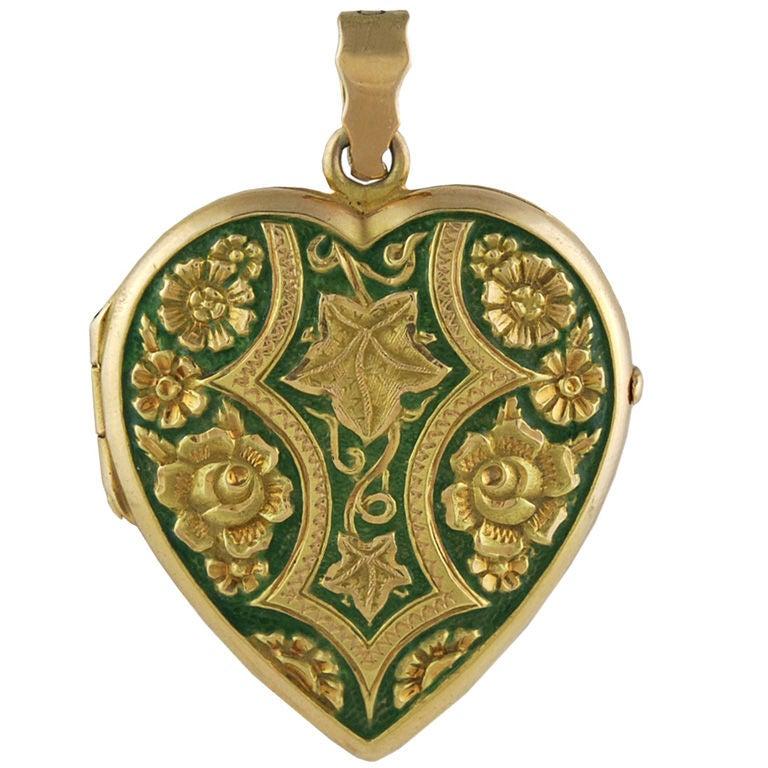 Enamel Heart Locket 1
