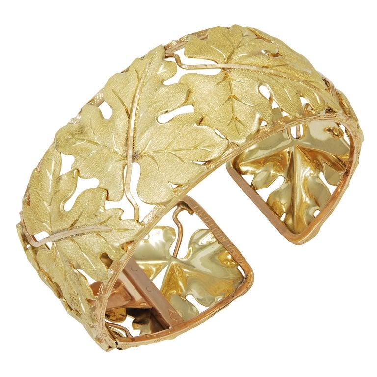Mario Buccellati Leaf pattern Gold Cuff Bracelet