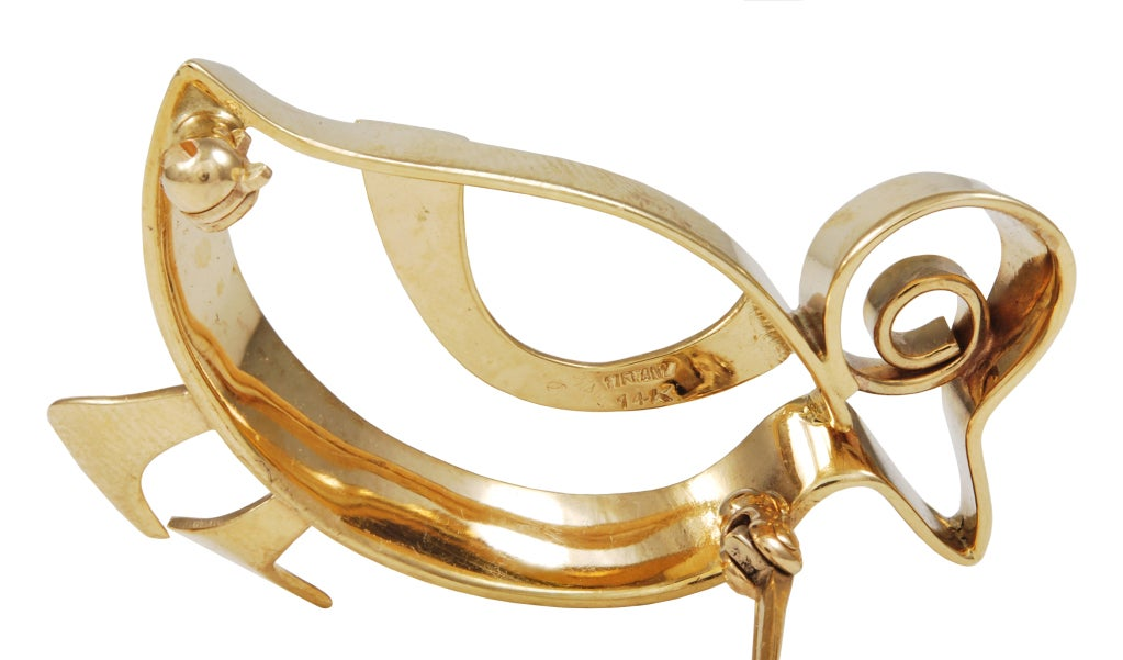 Adorable Tiffany walking duck brooch in 14K gold.