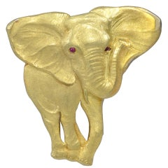 BUCCELLATI  Figural Elephant Brooch