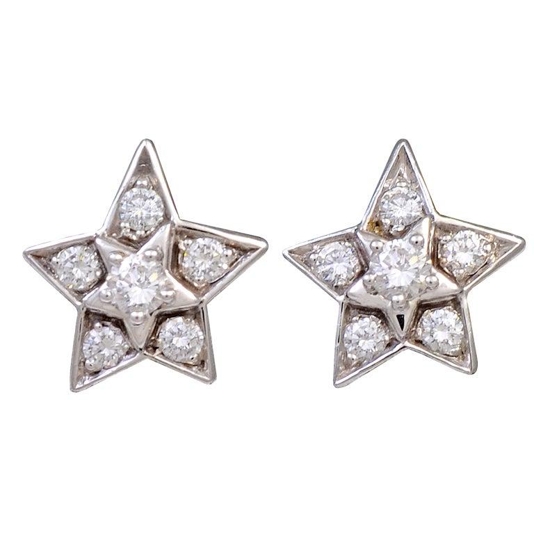 chanel diamond star stud earrings at 1stdibs. Black Bedroom Furniture Sets. Home Design Ideas