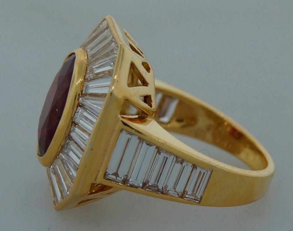 Women's VAN CLEEF & ARPELS 5.66-ct Burmese Ruby Diamond Gold Ring For Sale