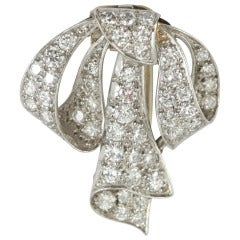 1950s Diamond Platinum Mounted Ribbon Brooch