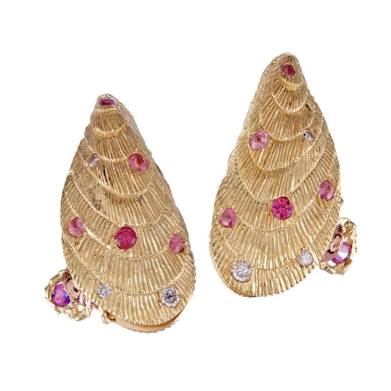 Women's Exceptionally Detailed Shell Earrings For Sale