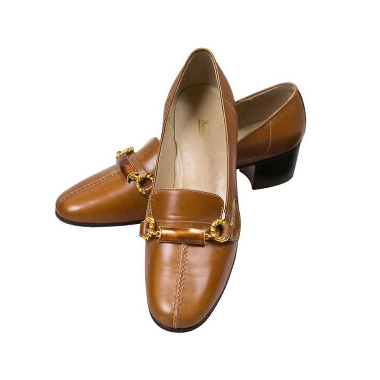 never worn gucci shoes with enamel & brass hardware 1