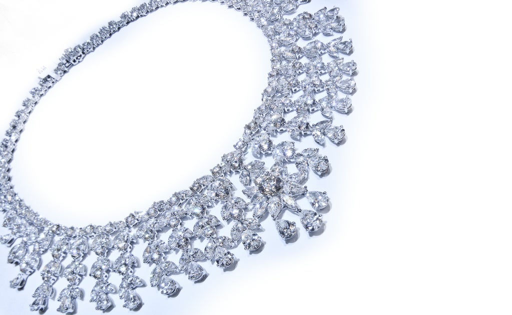 Magnificent Diamond Necklace 2