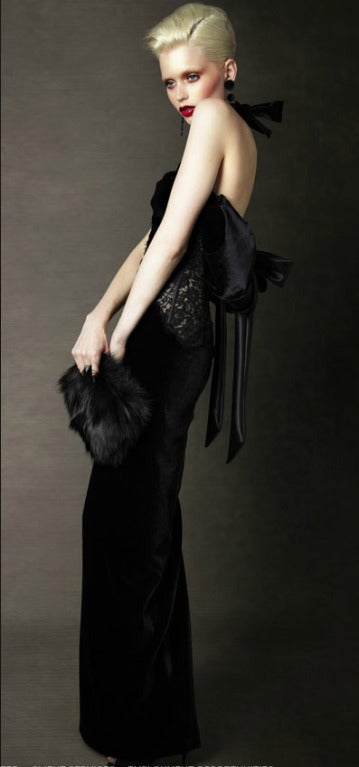 $9.400 NEW TOM FORD BLACK VELVET and LACE TIED BACK EVENING DRESS For Sale 1