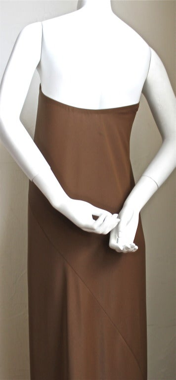 1976 HALSTON cocoa jersey spiral cut strapless gown In Excellent Condition For Sale In San Fransisco, CA