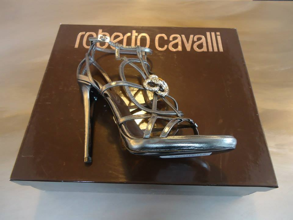Roberto Cavalli Laminate Grey Kidskin Leather Sandal Size 39(It) 9