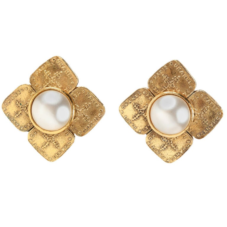 Pair of Chanel Gilt Metal Ear Clips For Sale