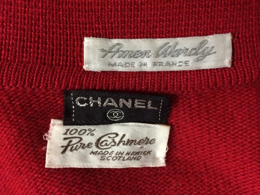 1980's CHANEL red and navy cashmere cardigan 4