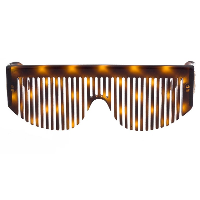 CHANEL COMB SUNGLASSES 1