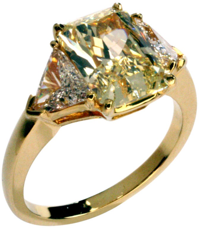 cartier canary diamond ring at 1stdibs. Black Bedroom Furniture Sets. Home Design Ideas