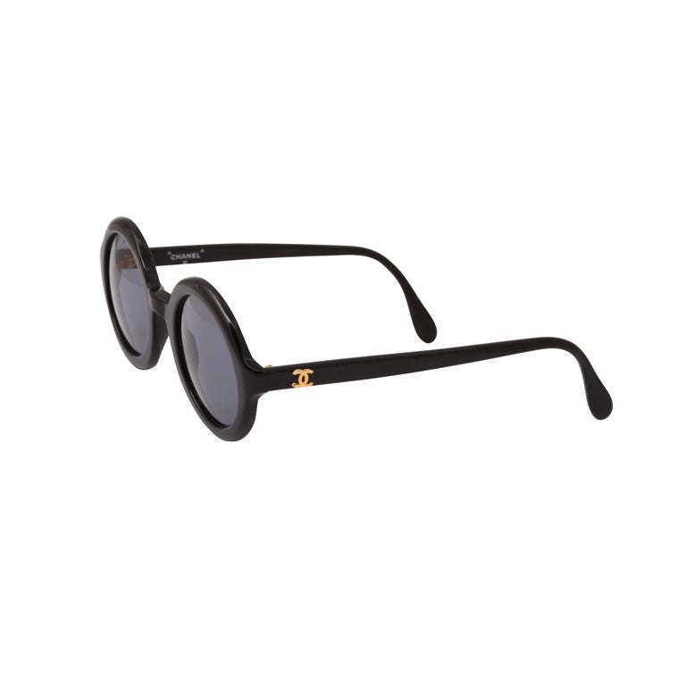 35e7c2902f CHANEL BLACK ROUND SUNGLASSES at 1stdibs