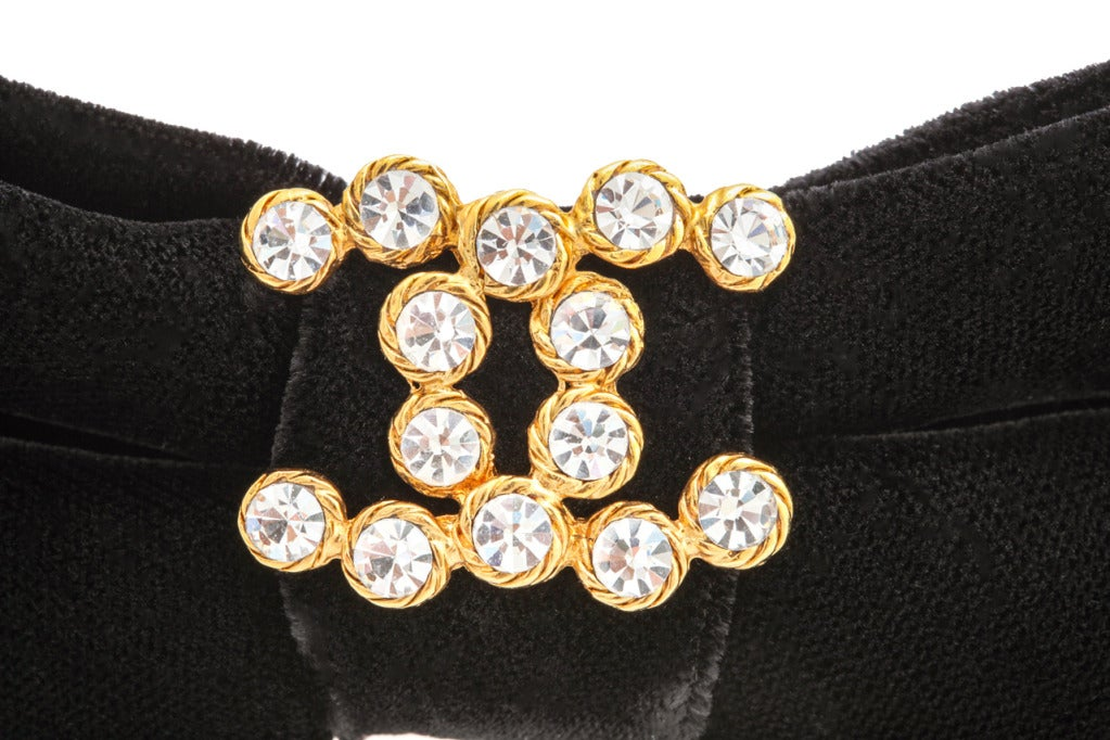 Chanel Black Large Velvet Hair Barrette image 3