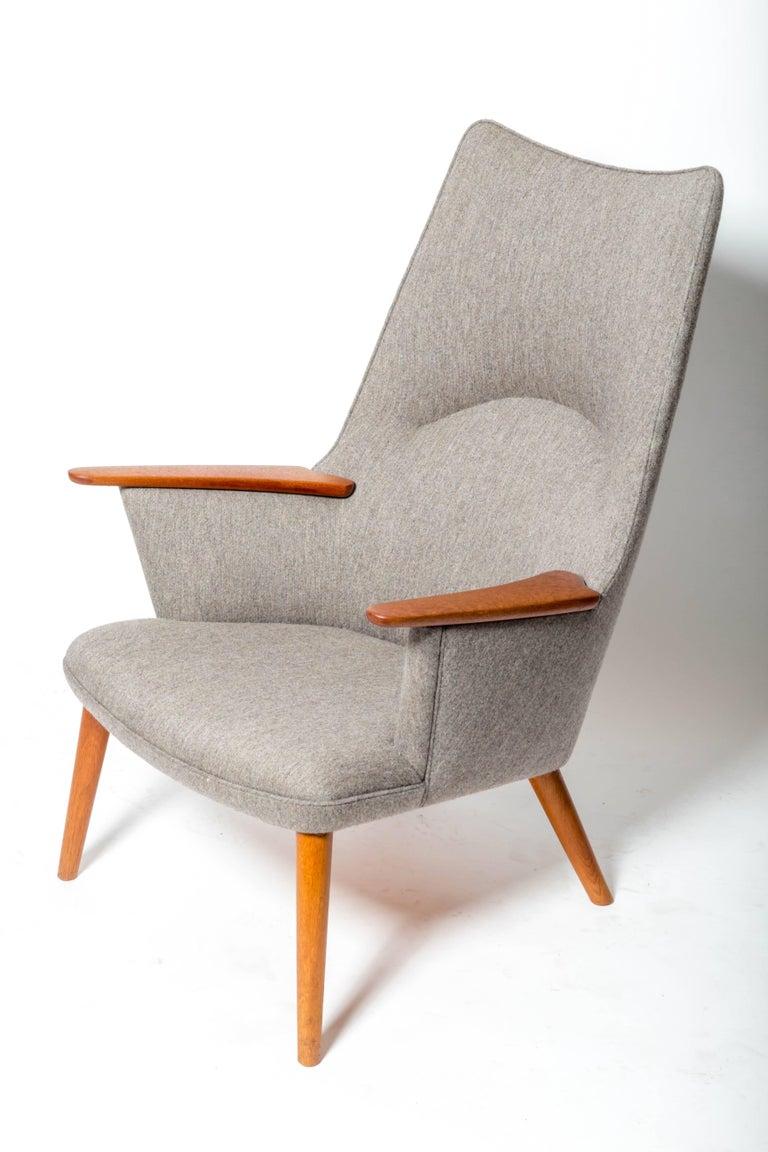 "Mid-Century Modern ""AP-27"" Lounge Chair, by Hans J. Wegner For Sale"