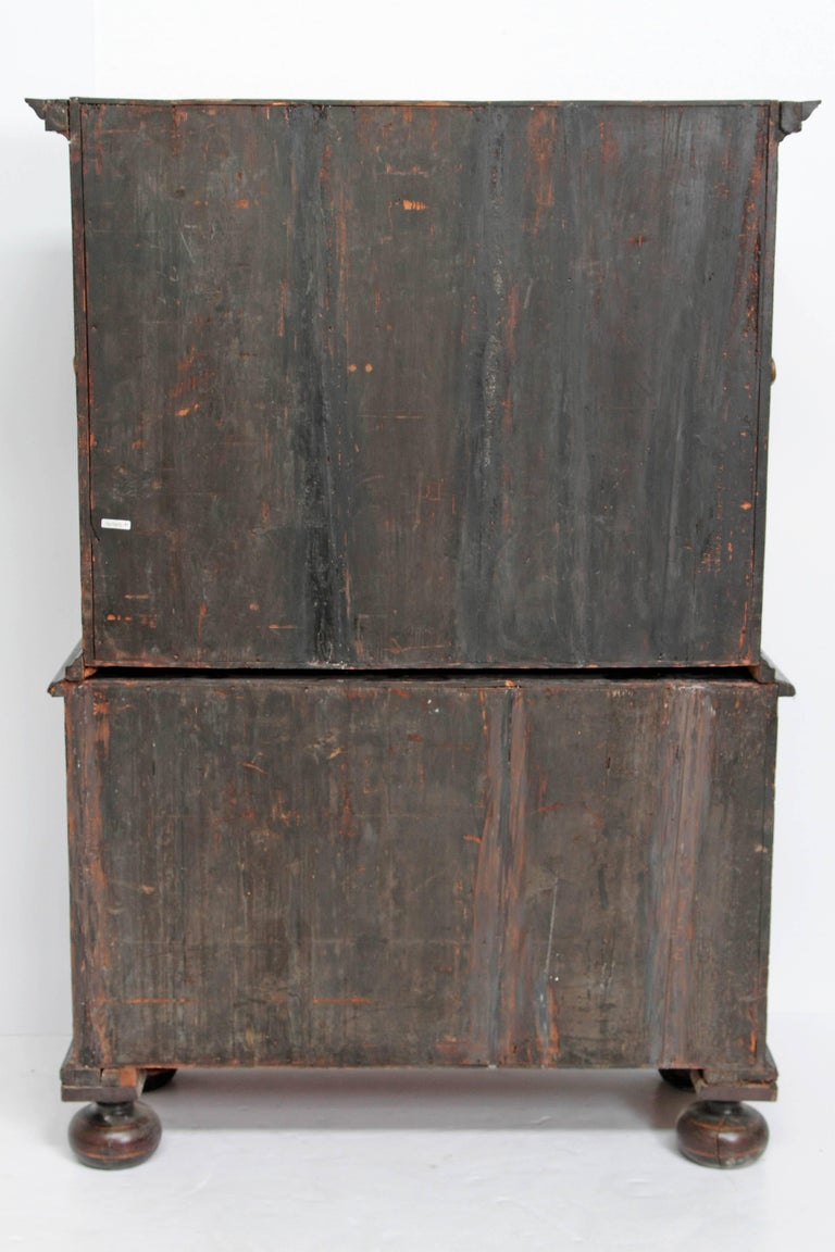 Queen Anne Collectors Cabinet / Japanned For Sale 12