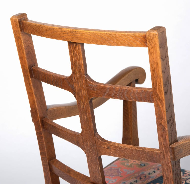 Early 20th Century Arts & Crafts Oak Framed Elbow Chair In Good Condition For Sale In Macclesfield, Cheshire