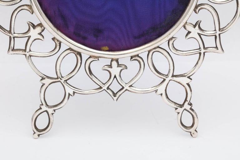 English Rare and Unusual Edwardian Large All Sterling Silver Wire Footed Picture Frame For Sale