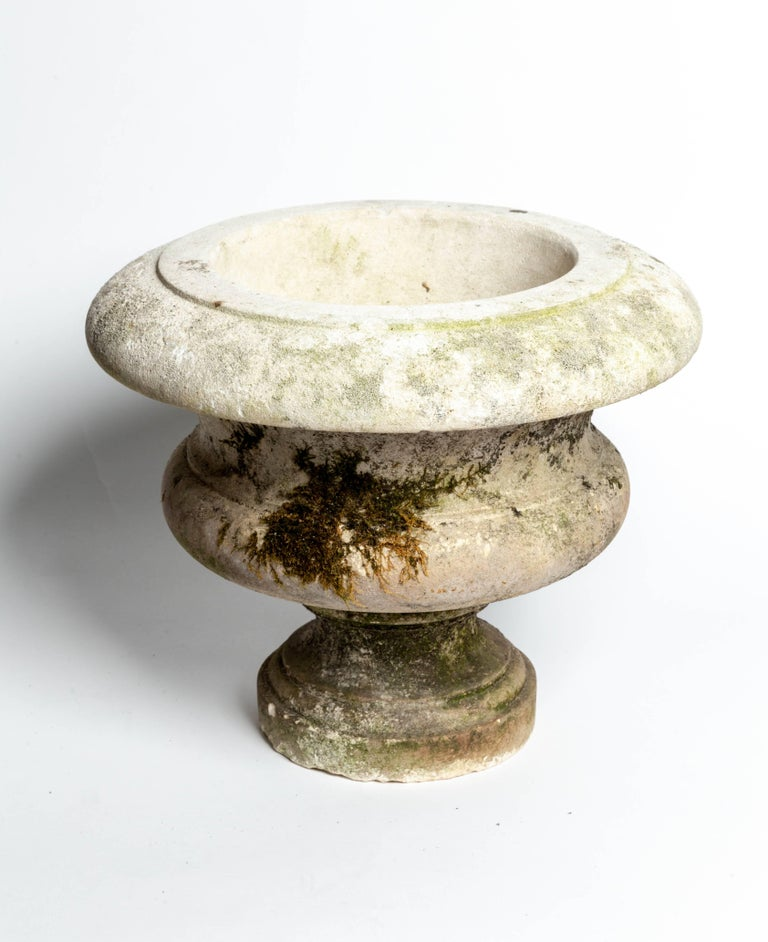 Pair of Aged Cement Urns Form Planters In Good Condition For Sale In Southampton, NY
