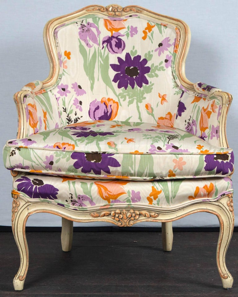 Pair of 1970s French Bergere with Woodson Style Fabric In Excellent Condition For Sale In Stamford, CT