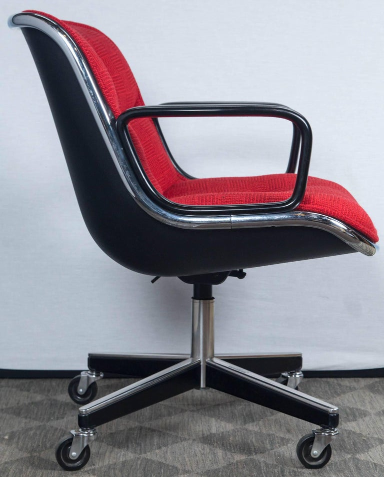 Pair of Pollock Desk Chairs by Knoll For Sale 4