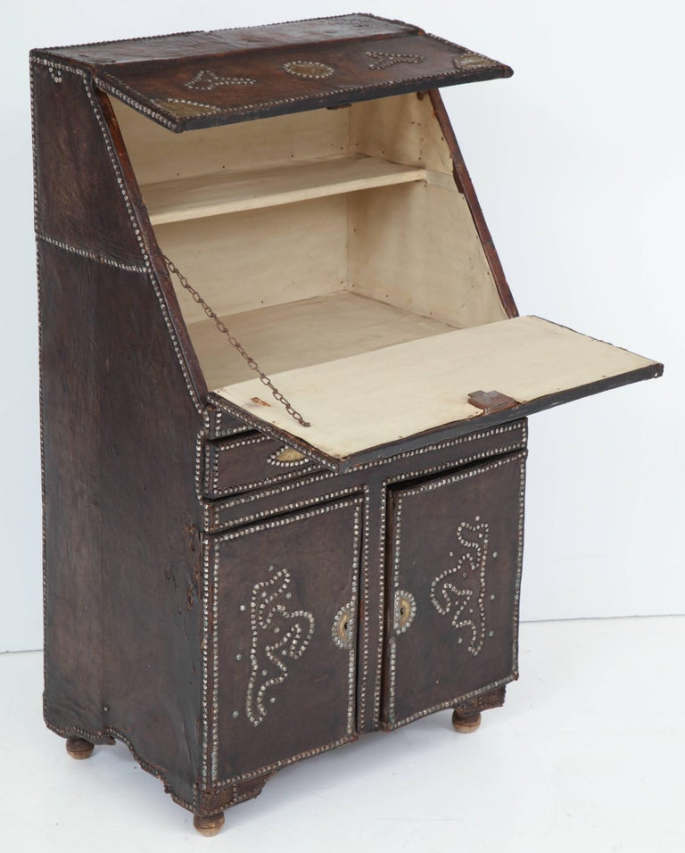 Early 20th Century Leather Covered Desk For Sale