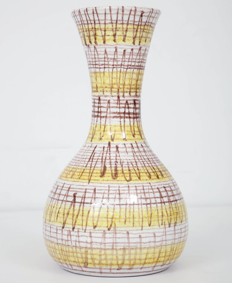 Ceramic Vase, Italy, circa 1950 In Excellent Condition For Sale In New York, NY