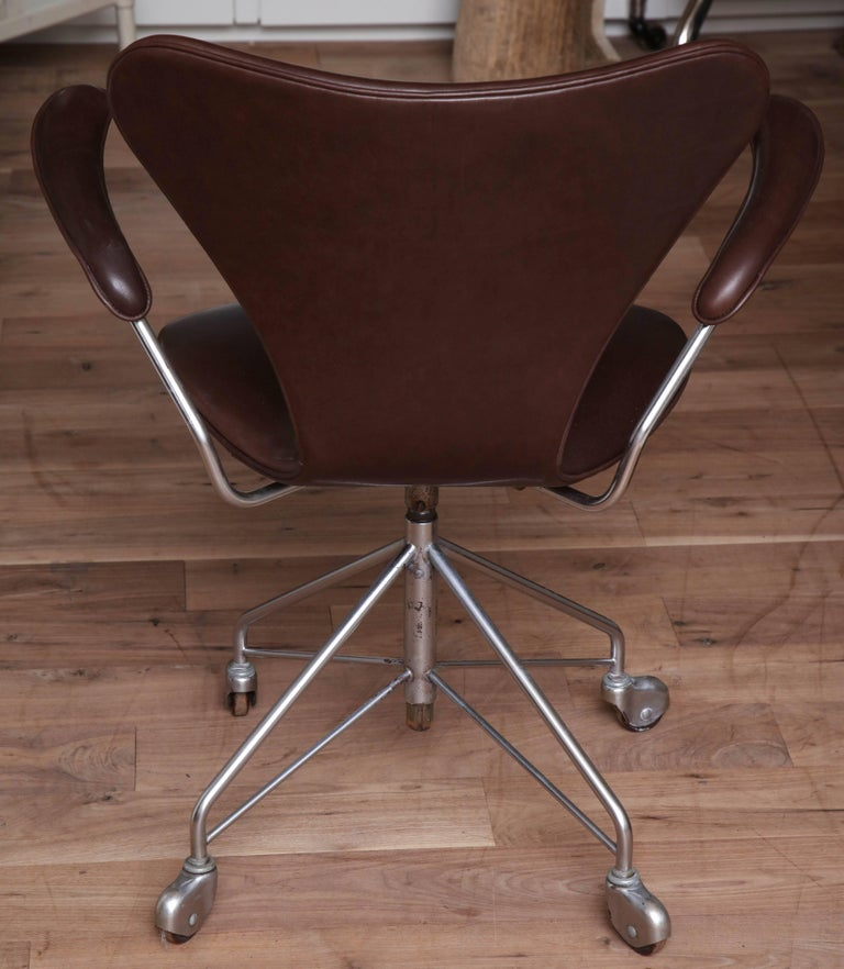 Set of Jacobsen Chairs For Sale 2