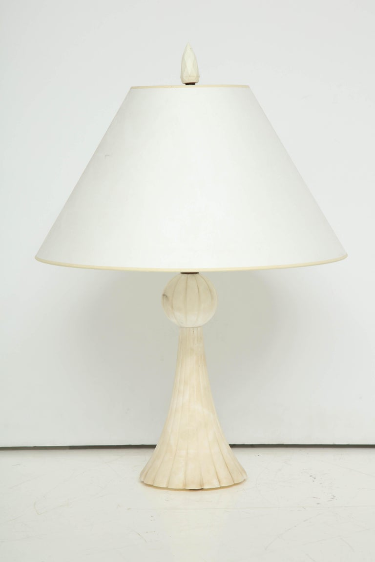 Mid-Century Modern Pair of 1940s Italian Alabaster Table Lamps For Sale