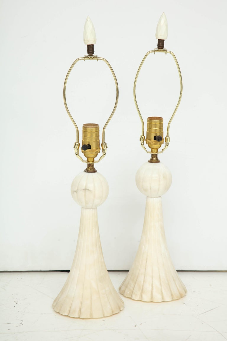 Pair of 1940s Italian Alabaster Table Lamps For Sale 1