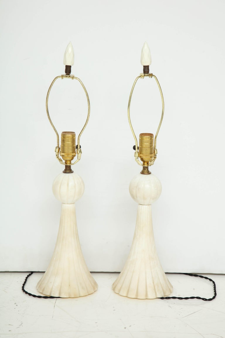 Pair of 1940s Italian Alabaster Table Lamps For Sale 3