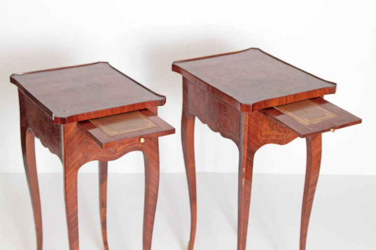 Pair of Petite Louis XV Transitional-Style Side Tables For Sale 1