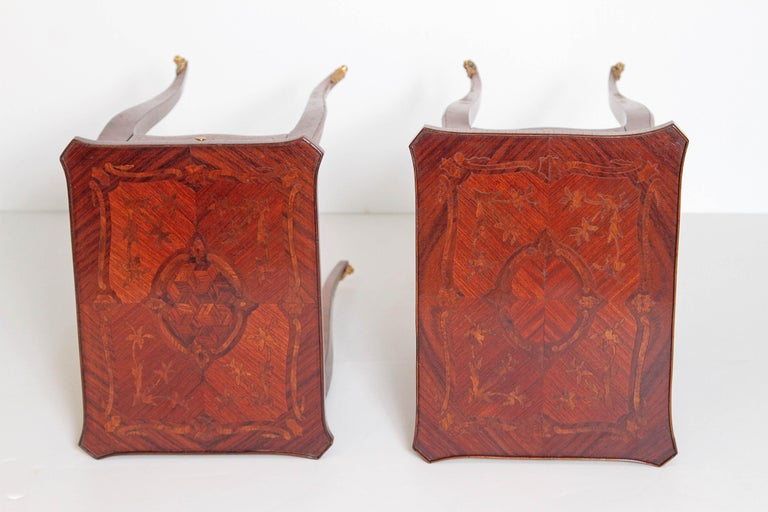 Pair of Petite Louis XV Transitional-Style Side Tables For Sale 6