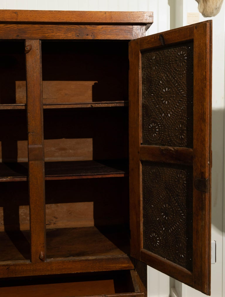 19th Century Oak Pie Safe In Good Condition For Sale In Southampton, NY