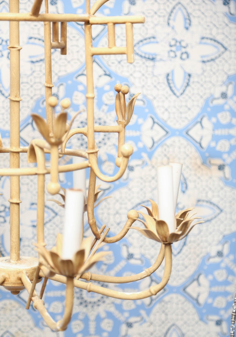 Charming Vintage Italian Iron Chandelier In Good Condition For Sale In West Palm Beach, FL