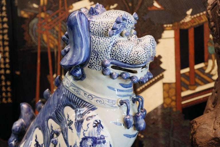 Pair Blue and White Chinese Foo Dogs Hand-Painted, Private Chinese Collection In Excellent Condition For Sale In Miami, Miami Design District, FL
