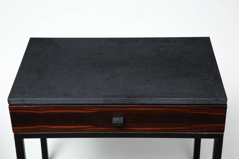 Absolute Black Granite Side Table In Excellent Condition For Sale In New York, NY