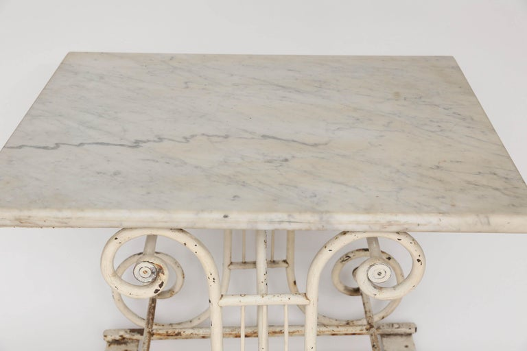 18th Century Marble and Iron French Butcher Table In Good Condition For Sale In Houston, TX