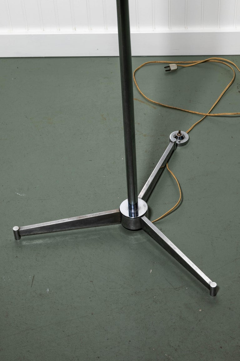 Arredoluce Monza Triennale Floor Lamp In Good Condition For Sale In Southampton, NY