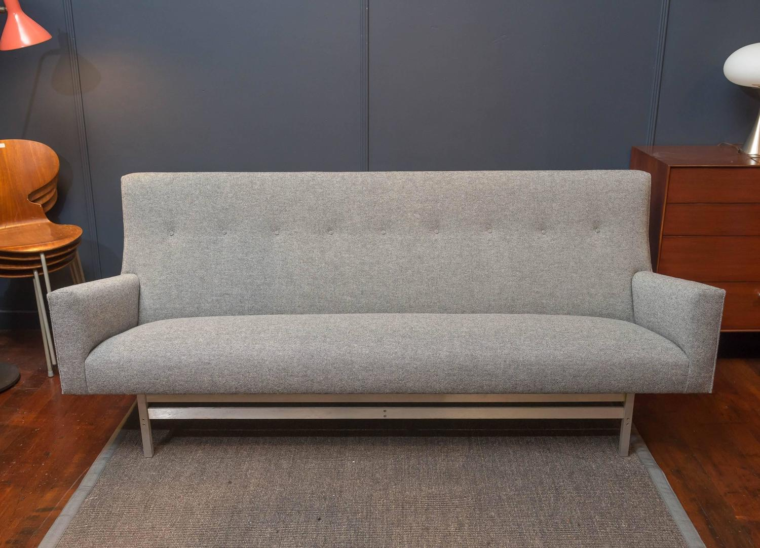 Jens Risom Sofa at 1stdibs : untitled201509300361z from www.1stdibs.com size 1500 x 1081 jpeg 256kB