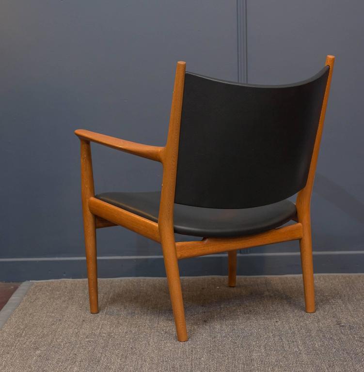 Mid-20th Century Hans J Wegner Lounge Chair For Sale