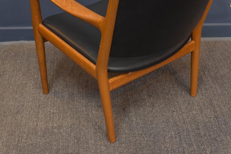 Oak Hans J Wegner Lounge Chair For Sale