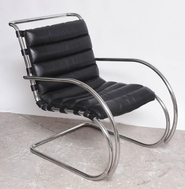 mid century edition bauhaus mies van der rohe mr lounge chairs by knoll for sale at 1stdibs. Black Bedroom Furniture Sets. Home Design Ideas