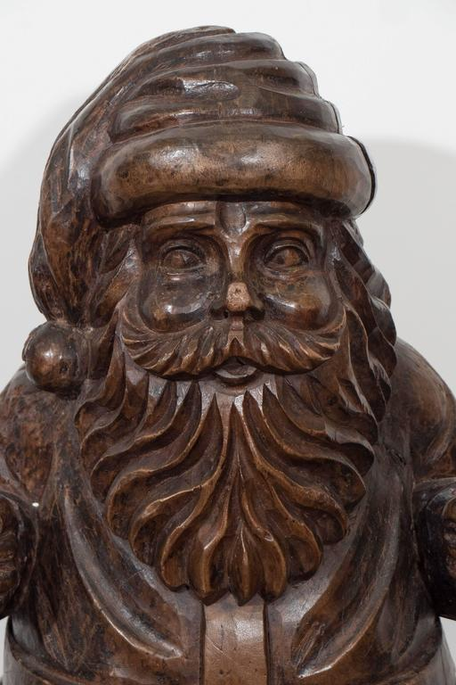 Early 20th Century Carved Santa Claus Figure In Solid Wood