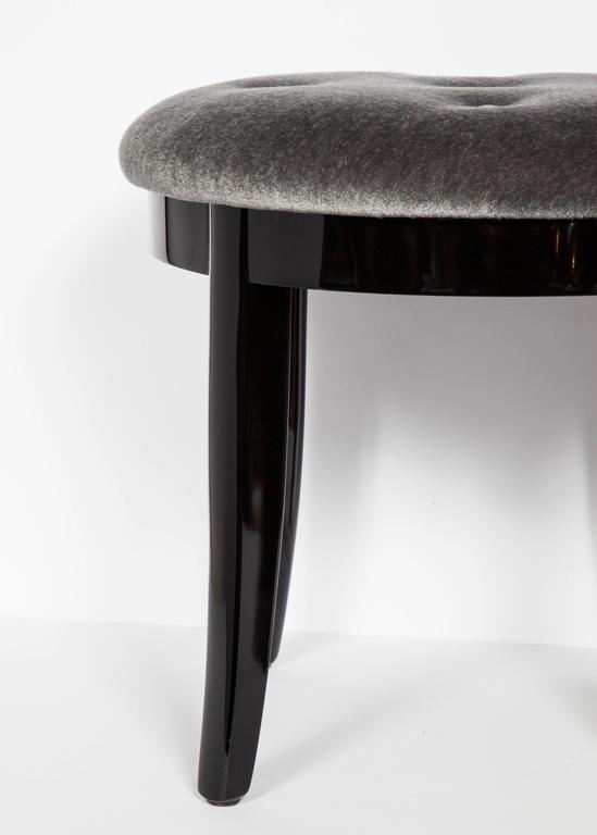 Elegant Art Deco Vanity Stool in Black Lacquer and Grey Mohair In Excellent Condition For Sale In Stamford, CT