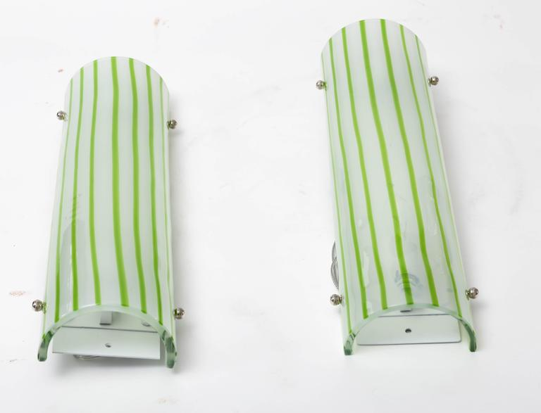 Mid-Century Modern Pair of Green and White Striped Murano Glass Sconces by Salviati For Sale