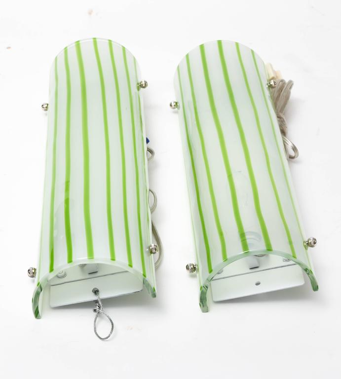 20th Century Pair of Green and White Striped Murano Glass Sconces by Salviati For Sale